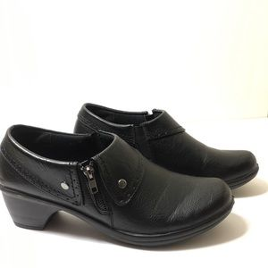 EASY STREET BLACK ANKLE BOOTS